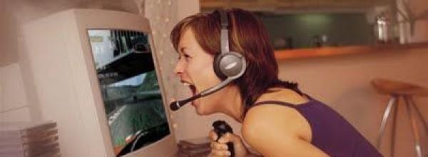 Le videogiocatrici sono le pi� insultate online